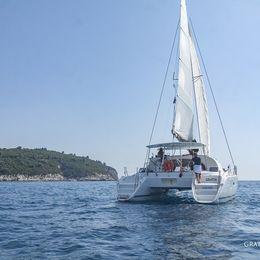 Lagoon 380 S2 | Gratia