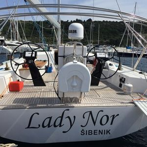 More 55   Lady Nor
