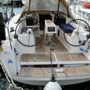 Dufour 350   Moonsail
