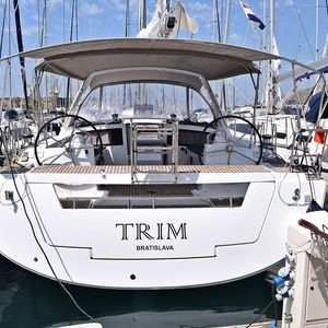 Beneteau Oceanis 48 | Trim