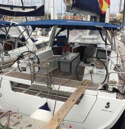 Beneteau Oceanis 45 | Gin Tonic