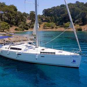 Beneteau Oceanis 54 | Sail Antares