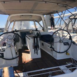 Beneteau Oceanis 38 | Karavas
