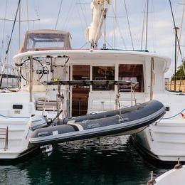 Lagoon 400 S2   Adorable