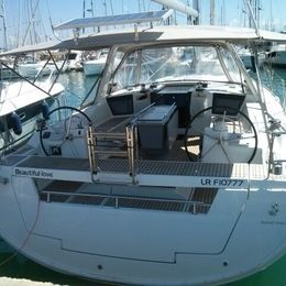 Beneteau Oceanis 45 | Beautiful Love