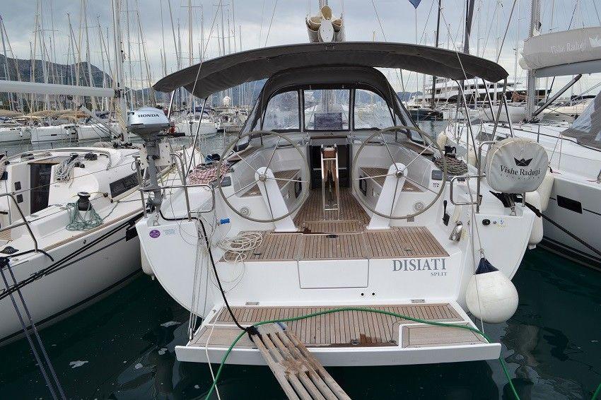 https://imageresizer.yachtsbt.com/boats/103153/5c5204a0b23400098472c599.JPG