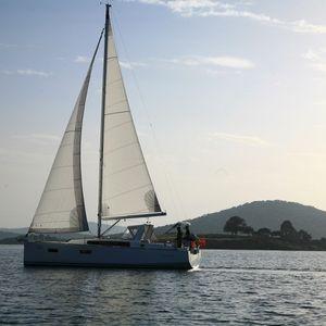 Beneteau Oceanis 38 | Ada