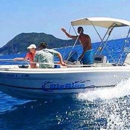Ranieri 19 | Shark  White