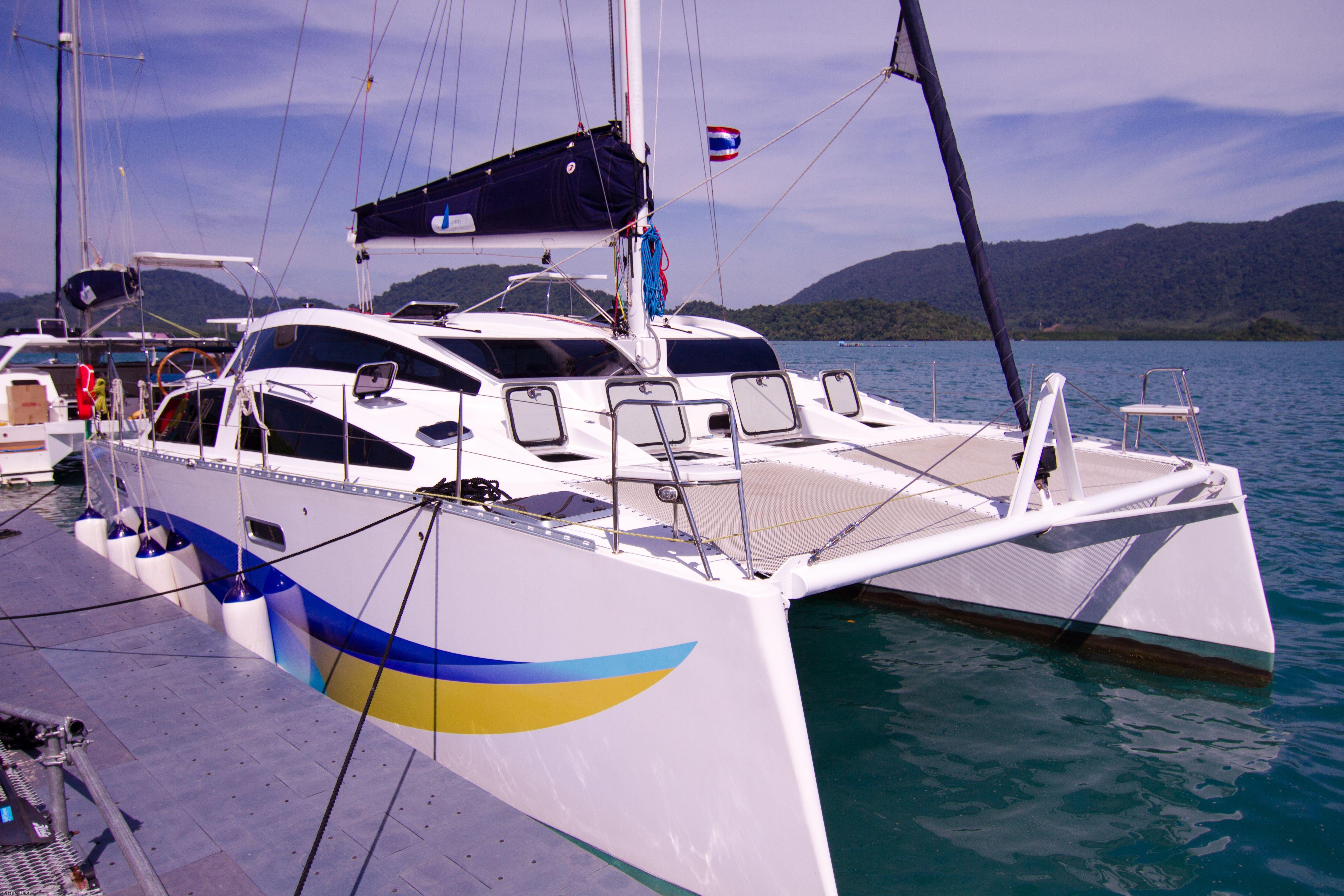https://imageresizer.yachtsbt.com/boats/104500/5defbca7b598570d715cb370.jpeg