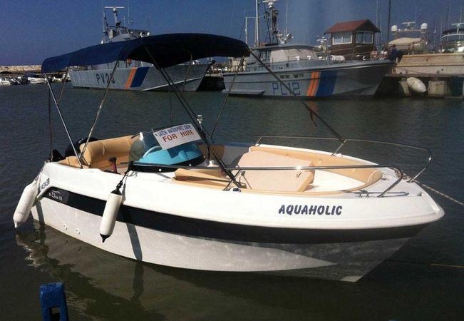 Marinello 18 | Aquaholic