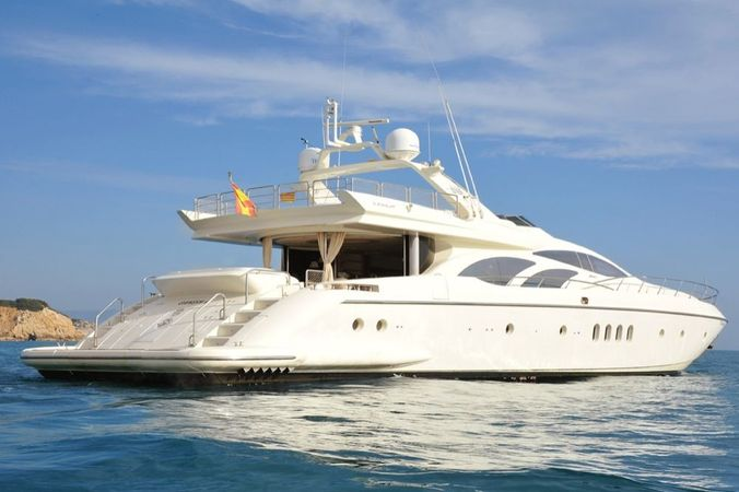 Azimut 98 | Independence
