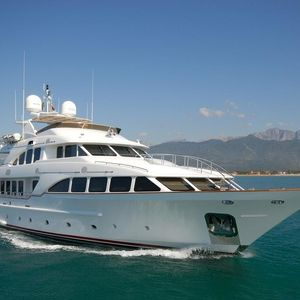 Benetti 122 | Independence
