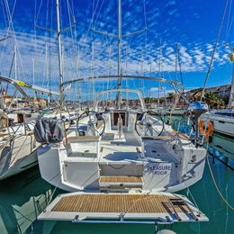 Beneteau Oceanis 38 | Pleasure