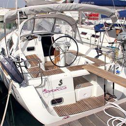 Beneteau Oceanis 34 | Rebecca