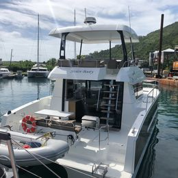 Fountaine Pajot MY 37 | Stolen Booty