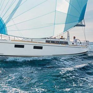 Beneteau Oceanis 38 | Top