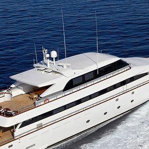 Моторная яхта - Греция