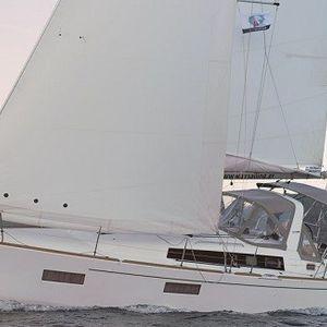 Beneteau Oceanis 38 | Sirina