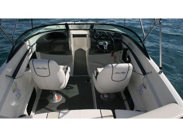 Sea Ray 190   Sport black - Rovinj