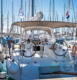Beneteau Oceanis 38 | Gang of Four