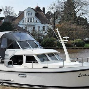 Linssen 30.9 | Luna Louise