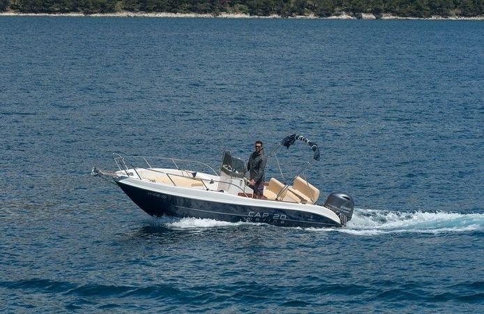Capelli 20   Cap Marine