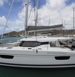 Fountaine Pajot Lucia 40 | Slow Poke