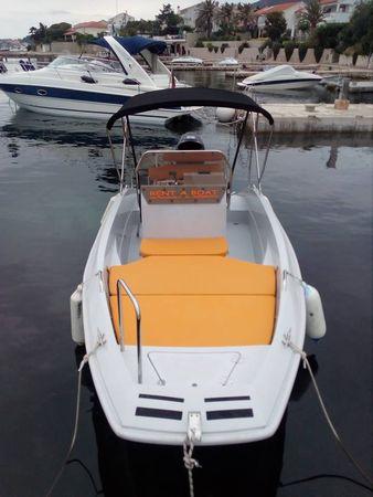 Phoenix Boats F55 | Phoenix  2