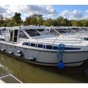 Location bateau à moteur - France