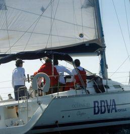 Beneteau Oceanis Clipper 323 | Paralelo