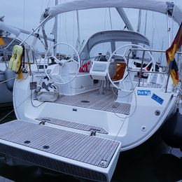 Bavaria Cruiser 37   Aventura