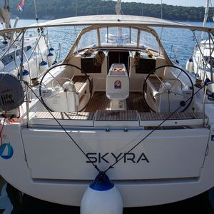 Dufour 412   Skyra