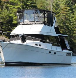 Bayliner 3288 | Sun Dance