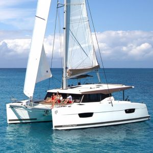 Fountaine Pajot Lucia 40 | Nala