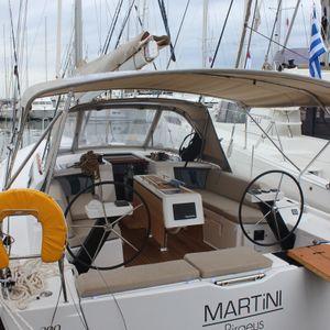 Dufour 390 | Martini