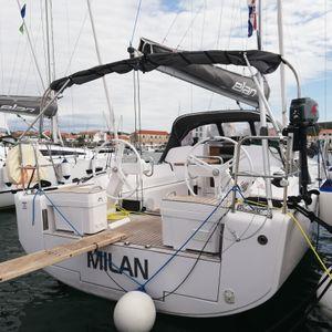 Elan E4   Milan