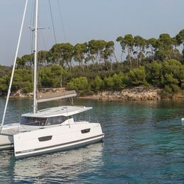 Fountaine Pajot Lucia 40 | Peaceful Sol