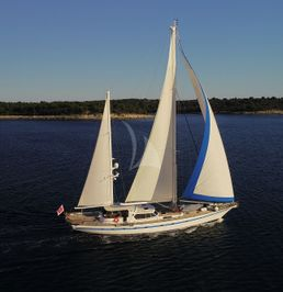 Thackwray Sailing Yacht | Free Wings
