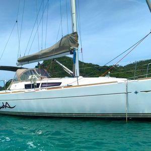 Jeanneau Sun Odyssey 33   Aqua