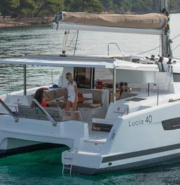 Fountaine Pajot Lucia 40 | Flamboyant