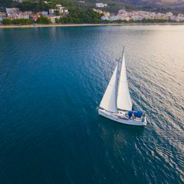 Bavaria 40 | Lady Butterfly