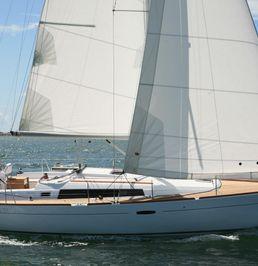 Beneteau Oceanis 37   Modernistic Lady