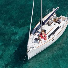 Beneteau Oceanis 31 | Sunsail 18