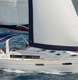 Beneteau Oceanis 42 | Moorings 18