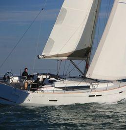 Jeanneau Sun Odyssey 439 | Master 44