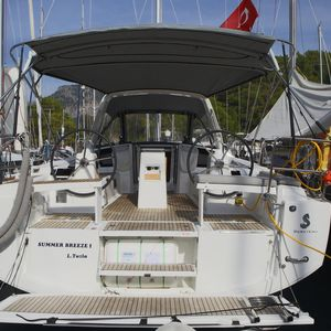 Beneteau Oceanis 38 | Summer Breeze