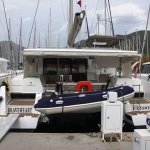 Fountaine Pajot Lucia 40 | Amber