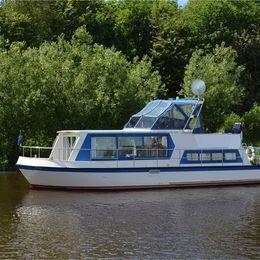 De Drait Safari Houseboat 1050 | Pretty Woman