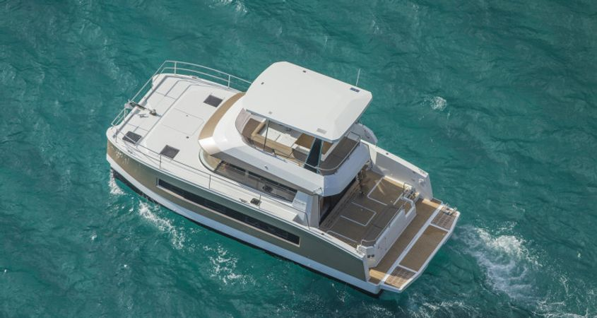 Fountaine Pajot MY 37 | Edrahil