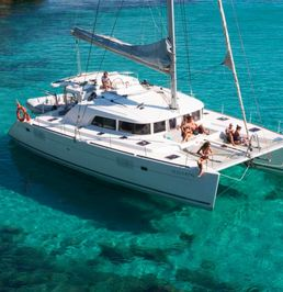 Lagoon 440   Blue Nicobar